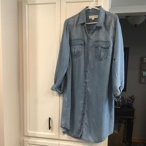 NWT Ava & Viv Chambray long shirt/shirt dress
